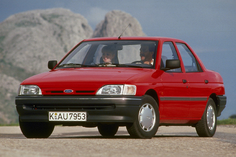 1992 Ford Orion Sedan 4-door