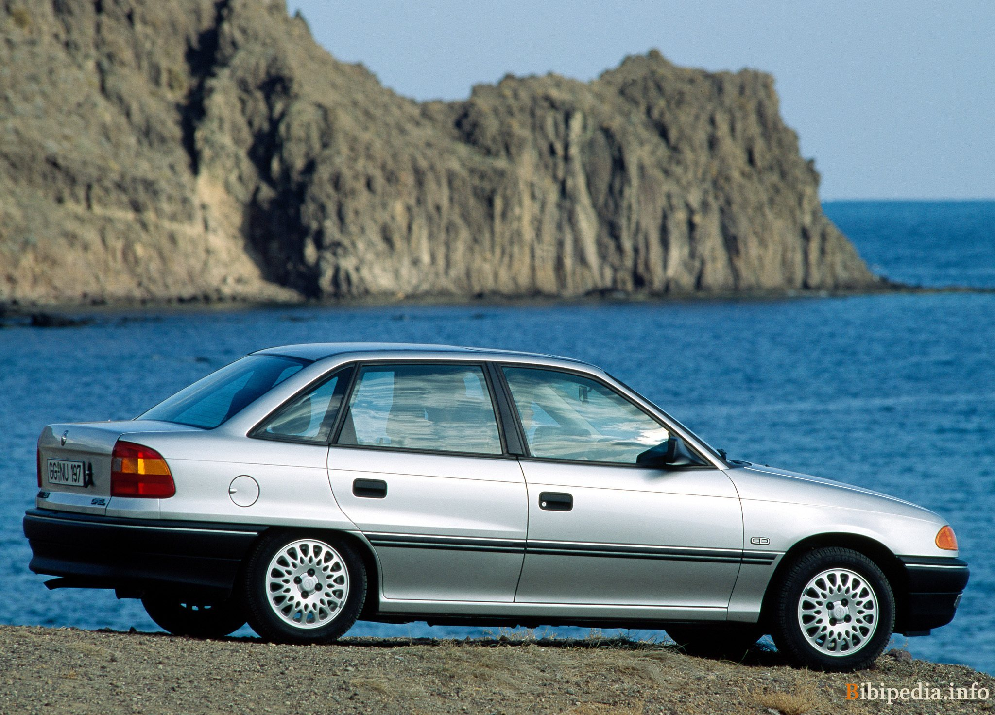 1992 Opel Astra Sedan 4-door