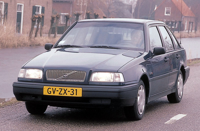 Volvo 440 cars specifications. Technical data