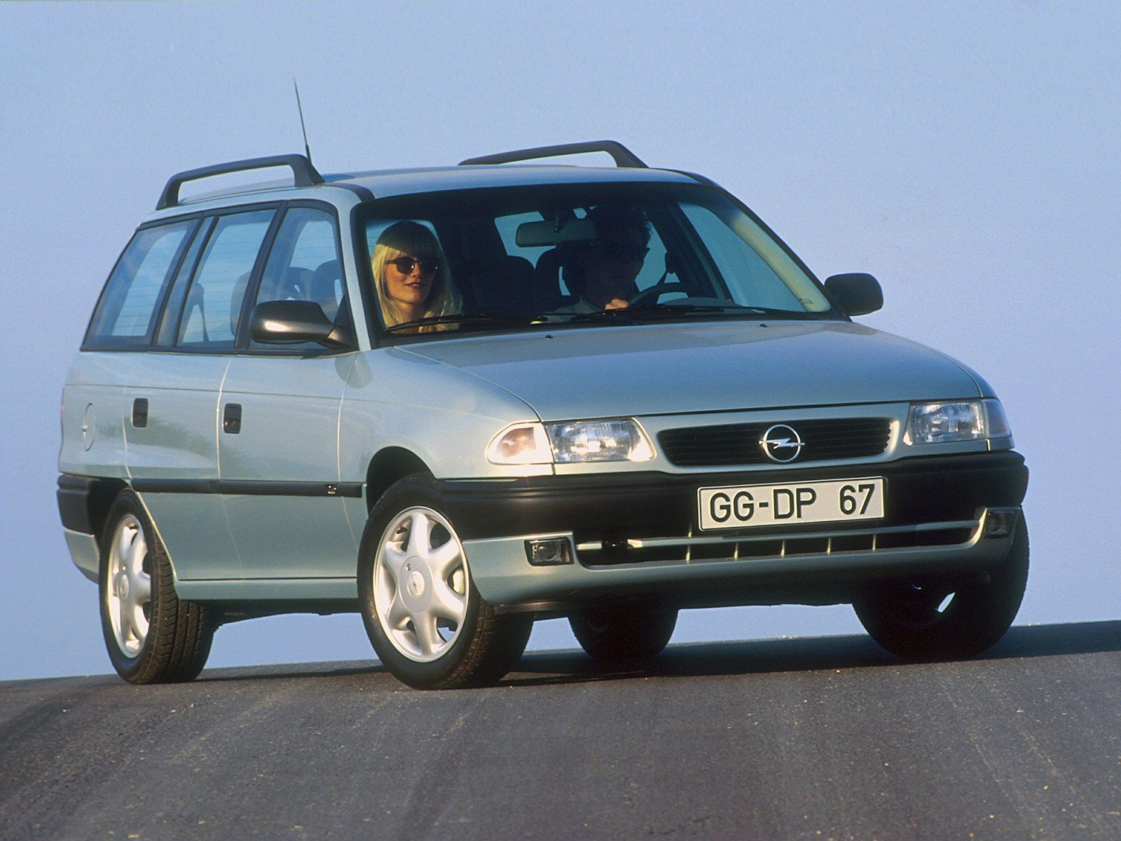 1994 Opel Astra Stationwagon Wagon 5-door