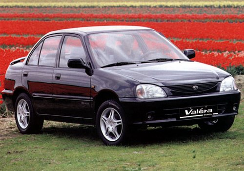 1996 Daihatsu Valera Sedan 4-door