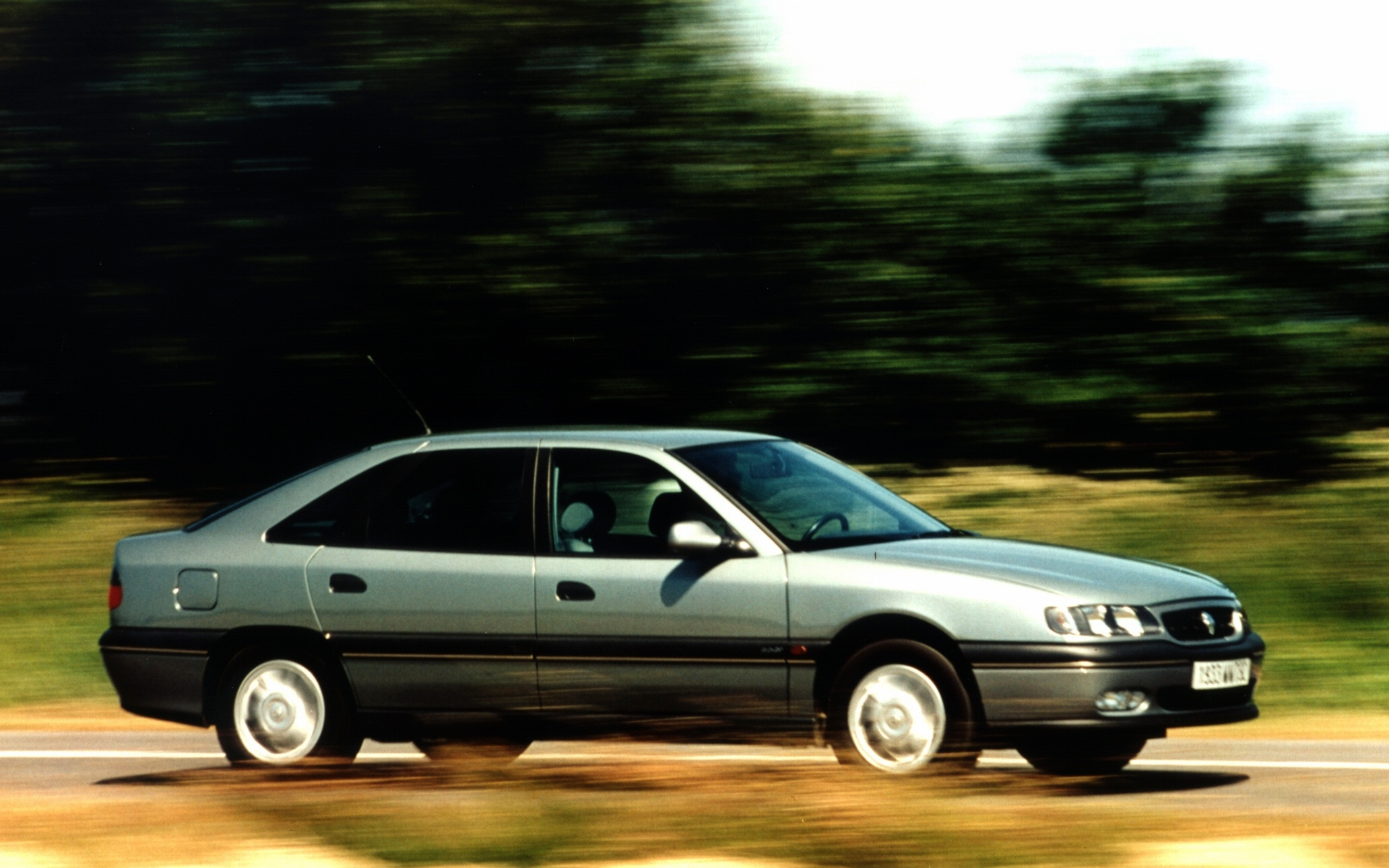 1996 Renault Safrane Hatchback 5-door