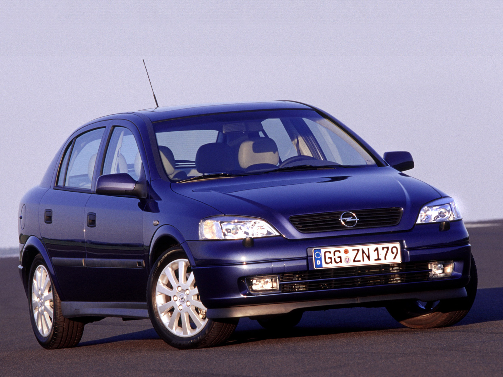 1998 Opel Astra Hatchback 5-door