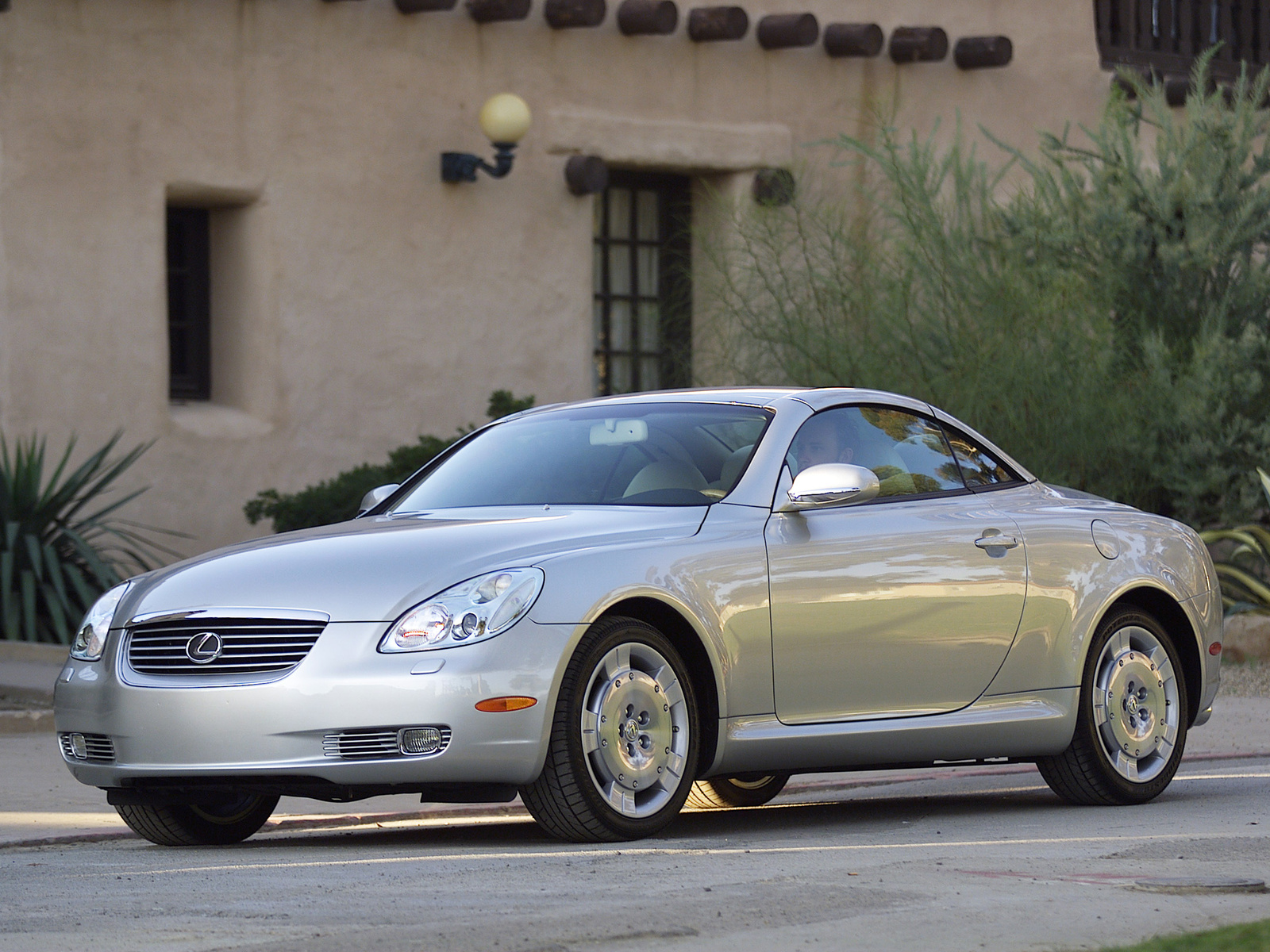2001 Lexus SC Convertible 2-door