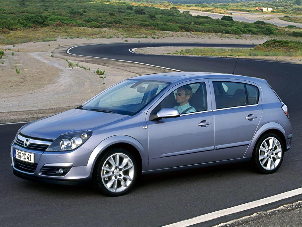 2004 Opel Astra Hatchback 5-door