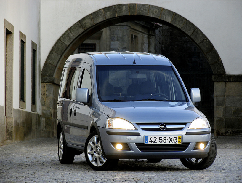 2004 Opel Tour Mpv 5-door