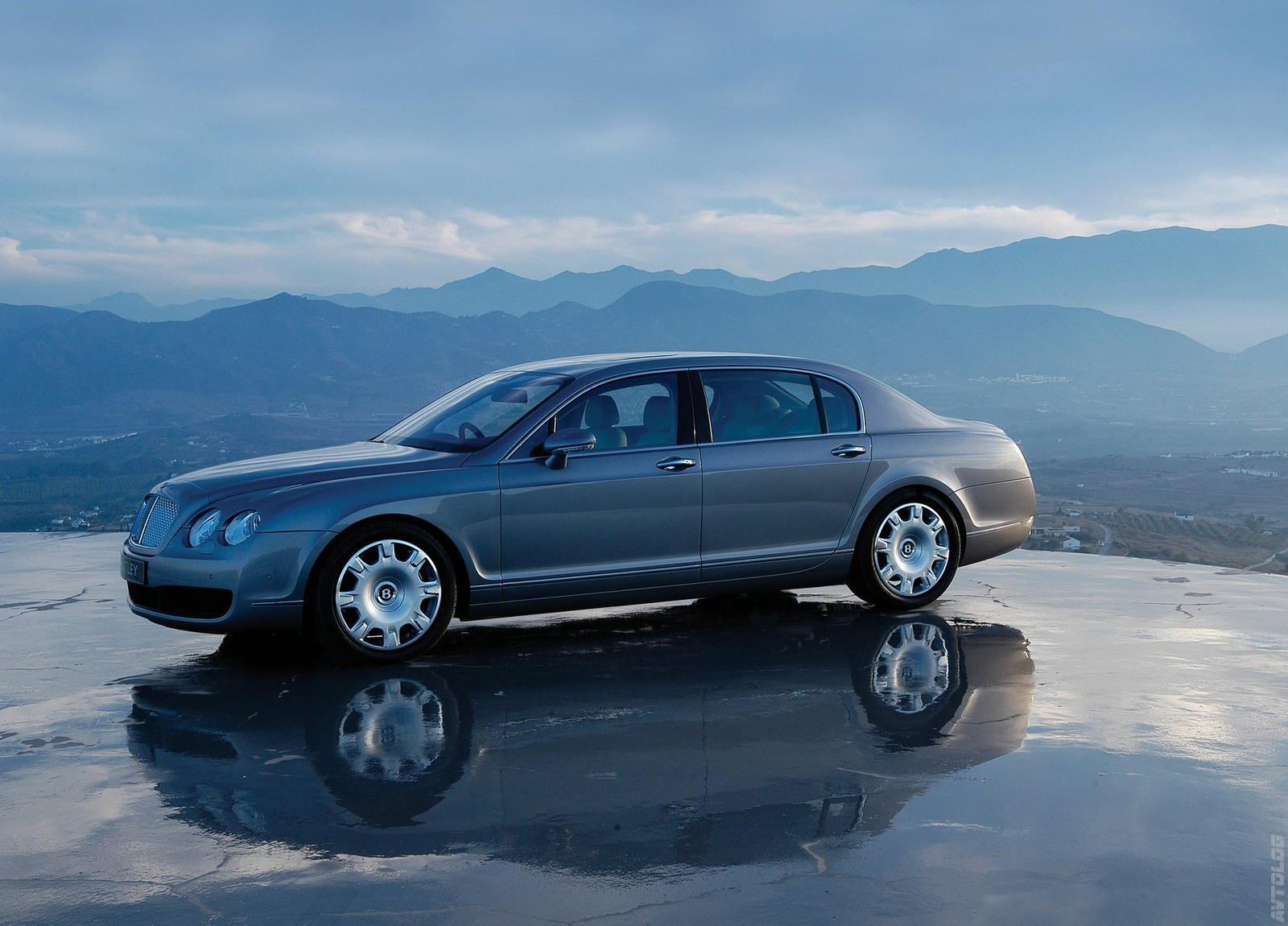 2005 Bentley Continental Flying Spur Sedan 4-door