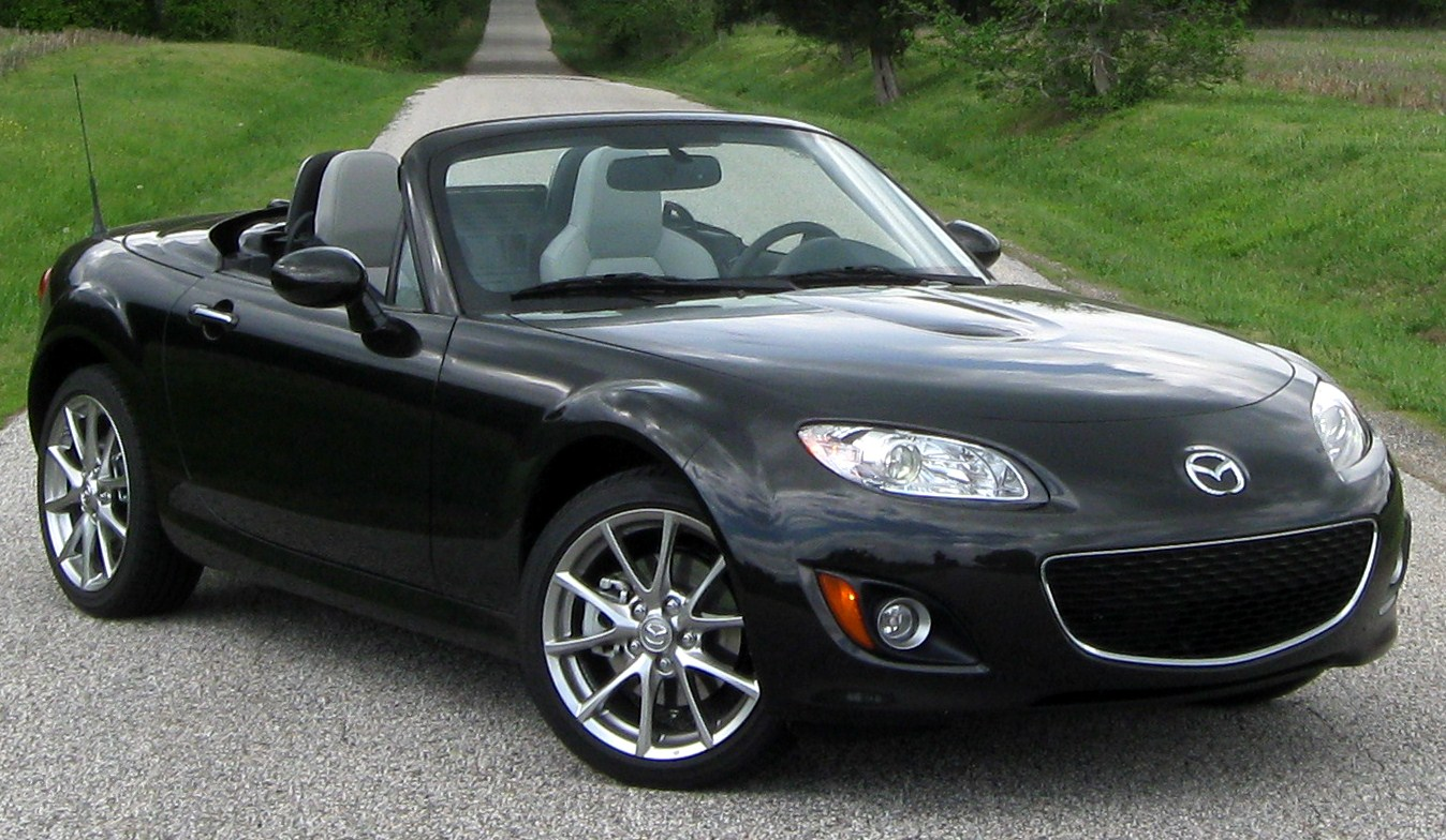 2005 Mazda MX-5 Convertible 2-door