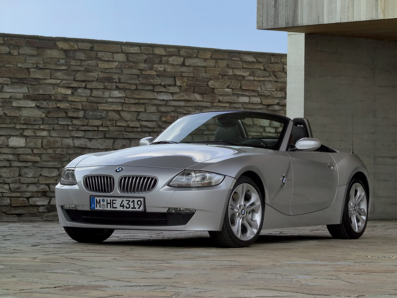 2006 BMW Z4 Roadster Convertible 2-door