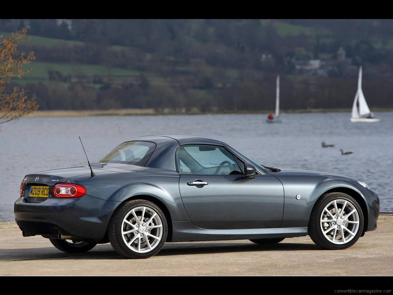 2006 Mazda MX-5 Roadster Coupe Convertible 2-door
