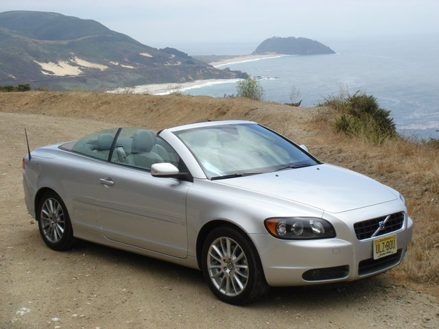 2006 Volvo C70 Convertible 2-door