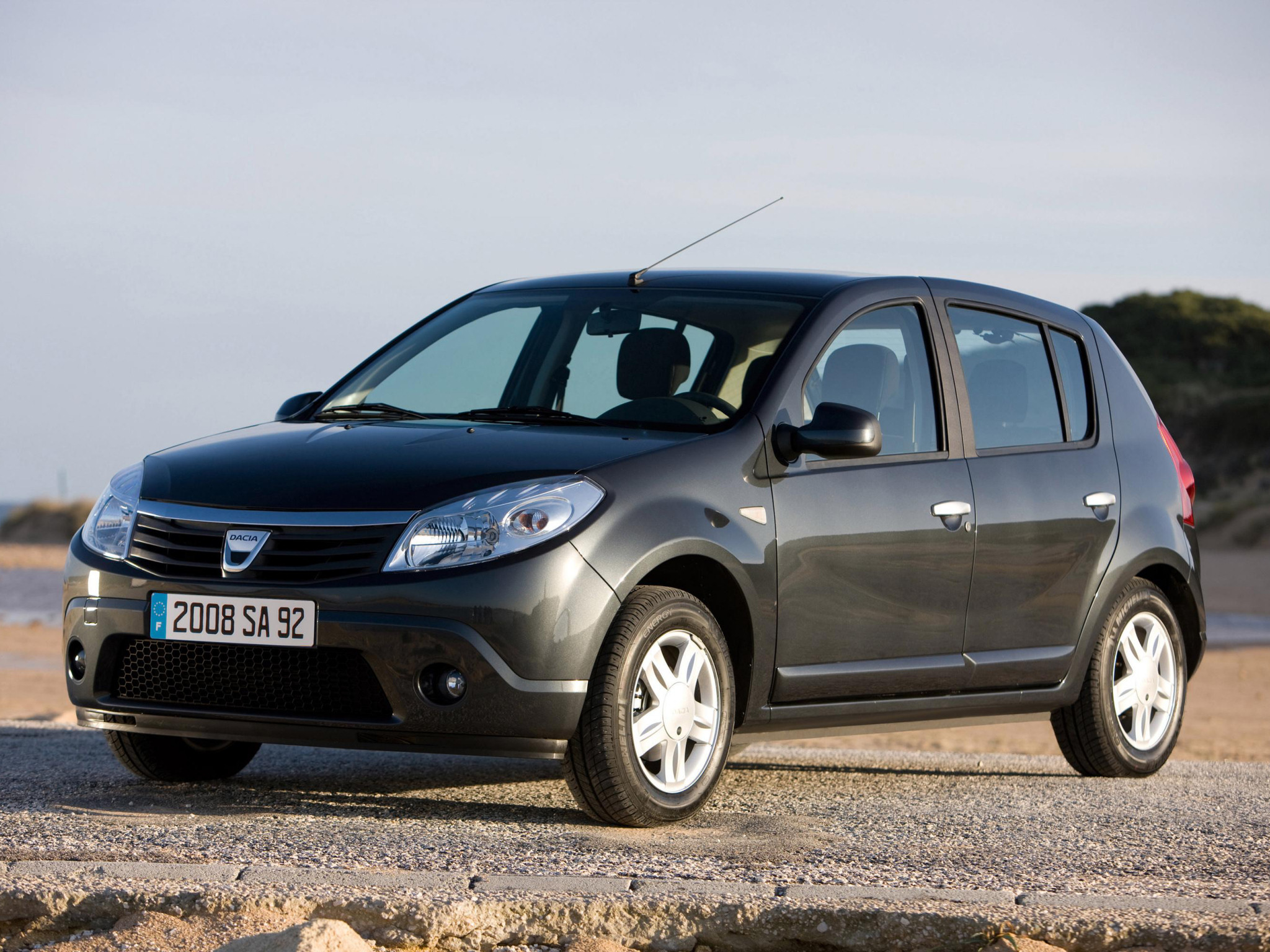 2008 Dacia Sandero Hatchback 5-door