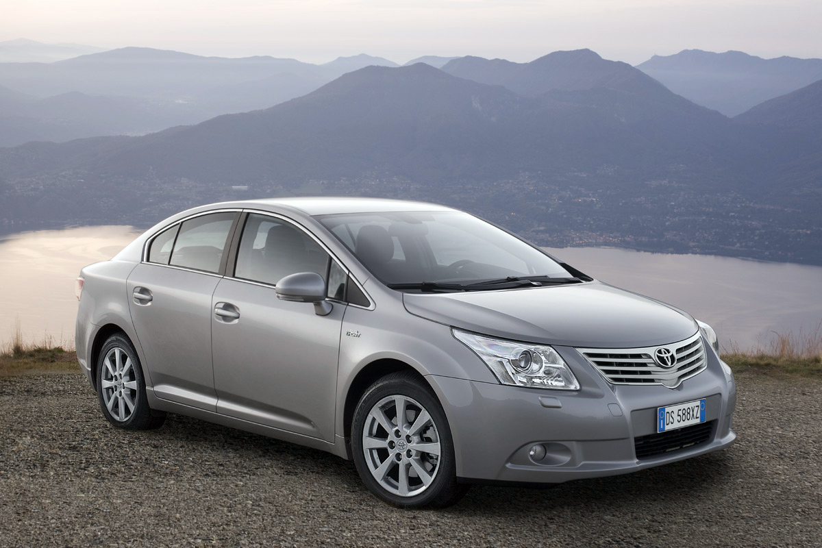 toyota avensis cars specifications technical data. Black Bedroom Furniture Sets. Home Design Ideas