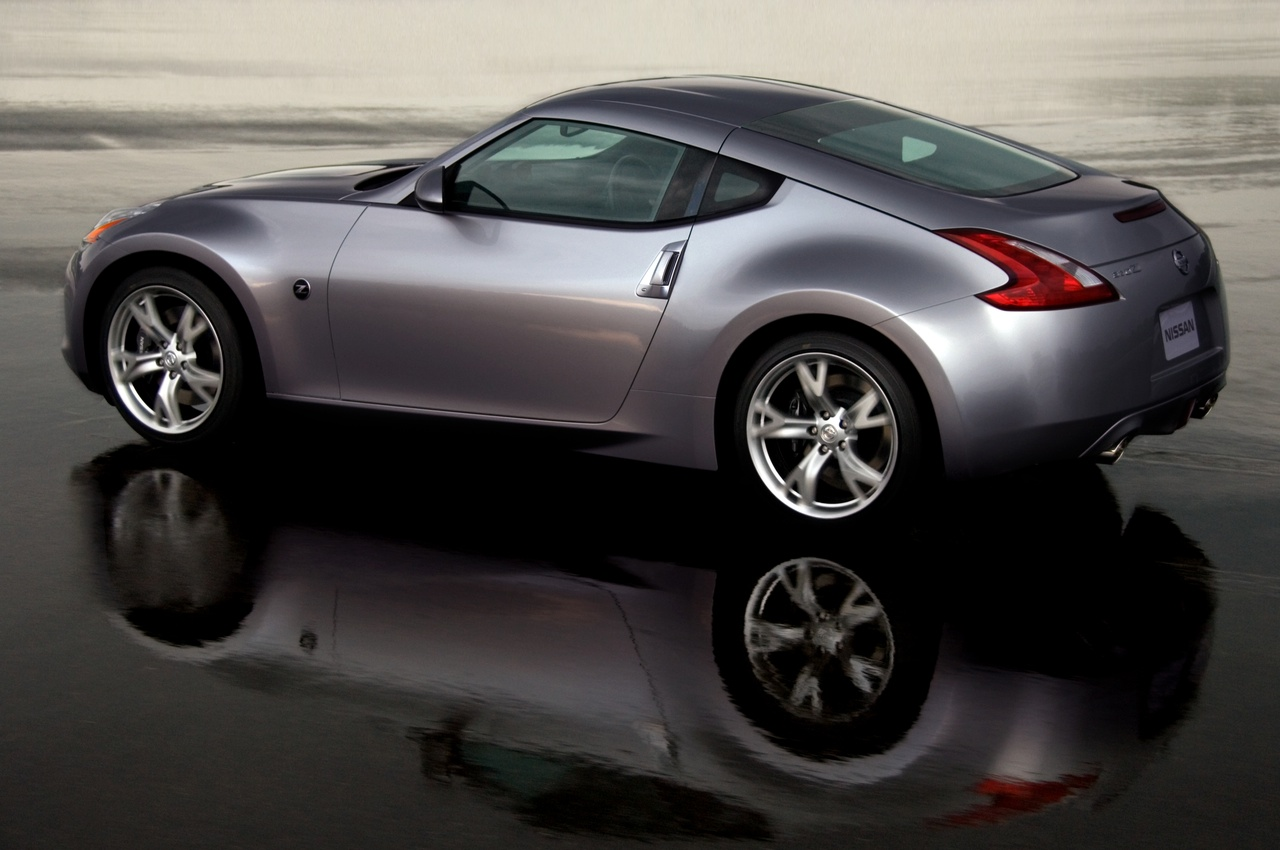 2010 Nissan 370Z Roadster Convertible 2-door
