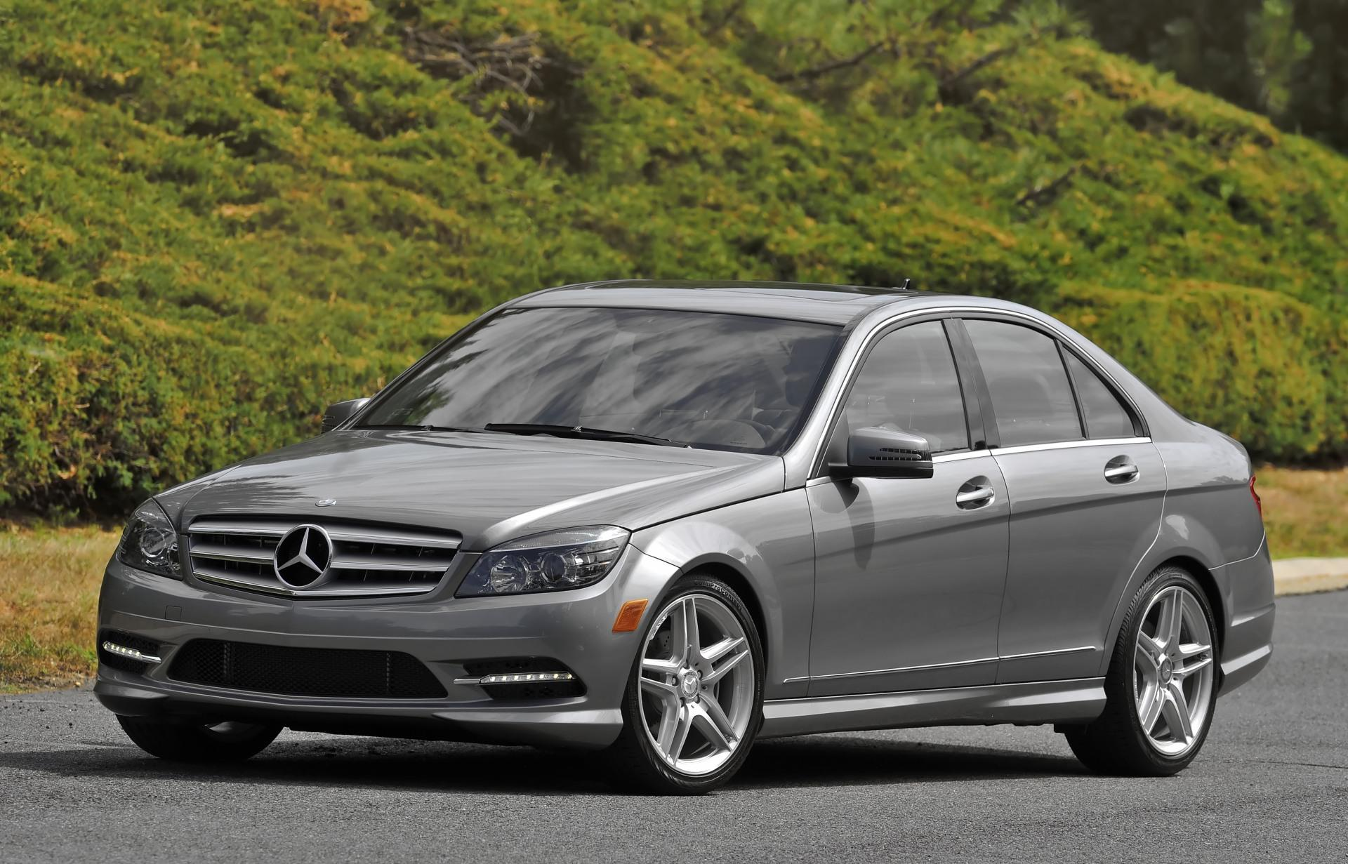Mercedes benz c class cars specifications technical data for Mercedes benz 4 door