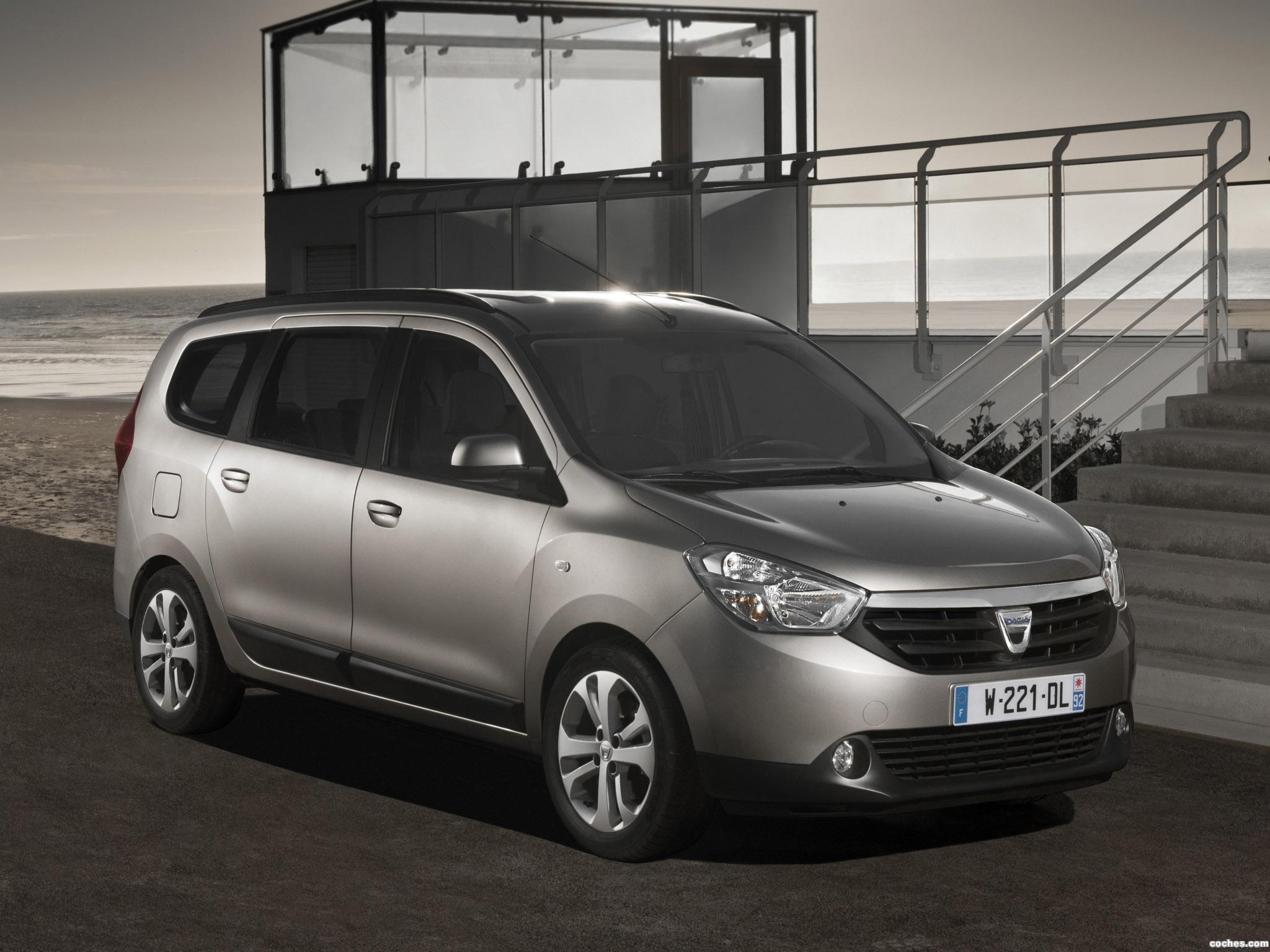 2012 Dacia Lodgy Mpv 5-door
