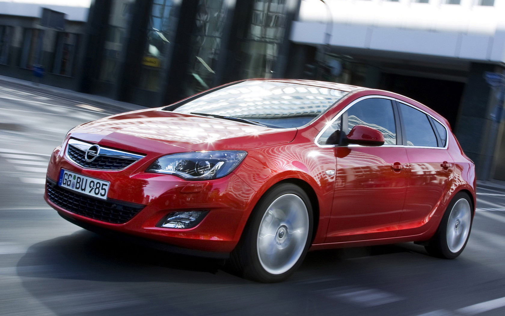 2012 Opel Astra Hatchback 5-door