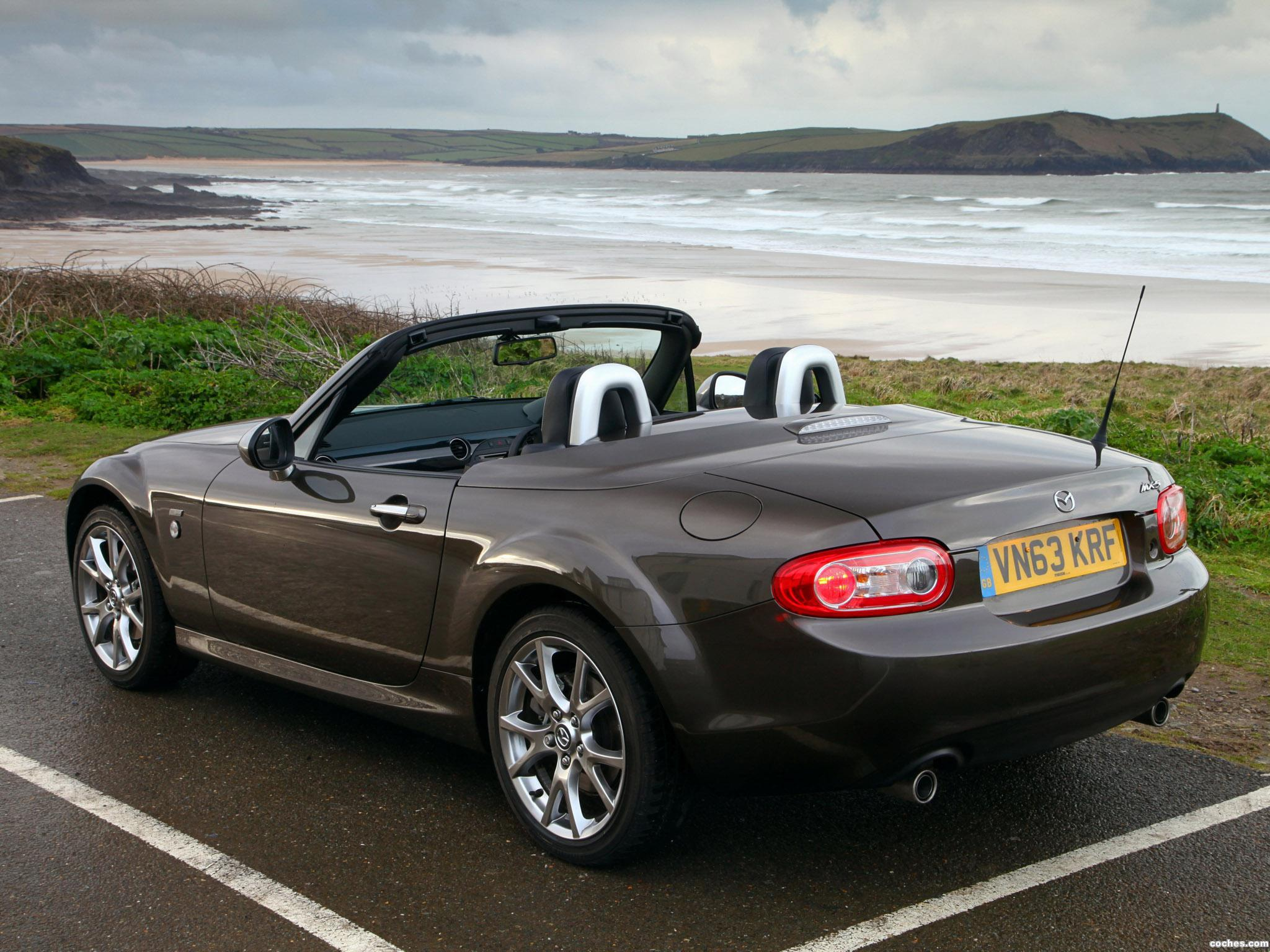 2013 Mazda MX-5 Roadster Coupe Convertible 2-door