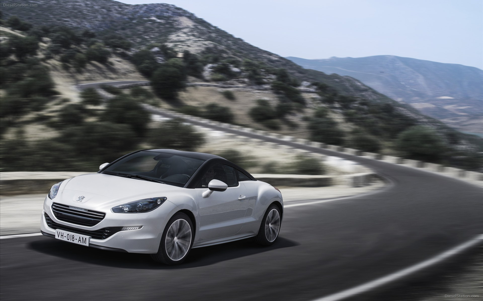 2013 Peugeot RCZ Coupe 2-door