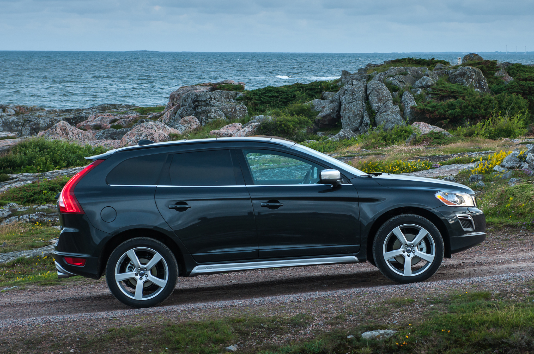 2013 volvo xc60 t6 awd summum automobilio techniniai duomenys. Black Bedroom Furniture Sets. Home Design Ideas